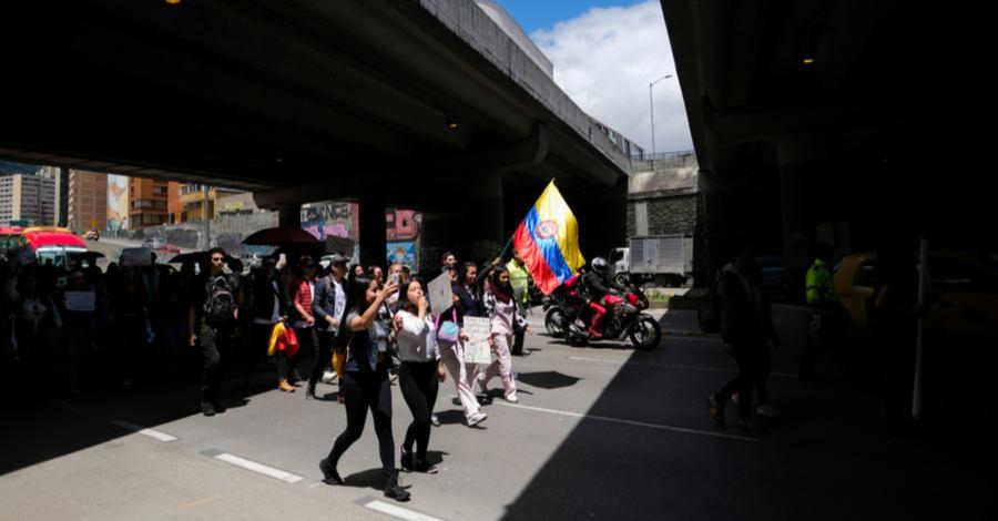 marchas bogotá 10 de octubre